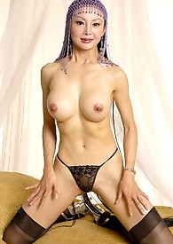 Hot older asian peels off her panties