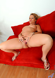 Cougar goddess rides a hard cock at Anilos